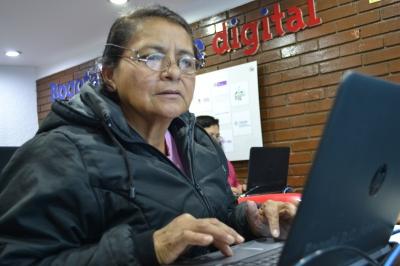 foto_mujeres_tic.jpg